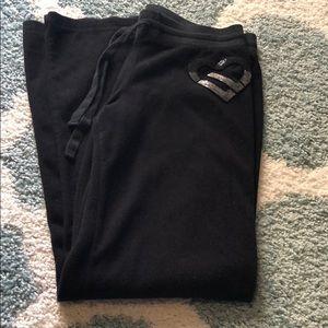 Black aero sweats